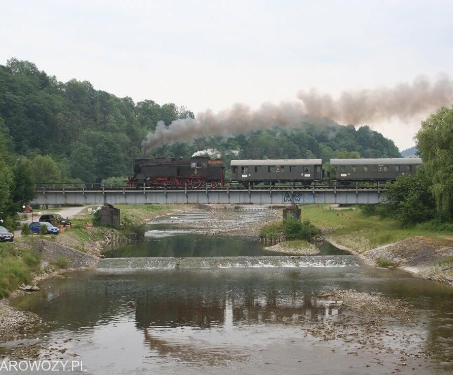 Pierwszy w 2015 ogólnodostępny pociąg retro z OKz32 i zabytkowymi wagonami osobowymi.